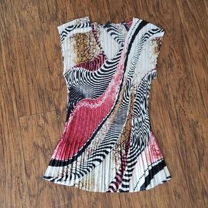 Vintage accordion pleat top